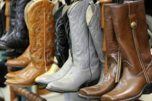 Choosing a Pair of Women's Western Riding Boots - Cowgirl Up!
